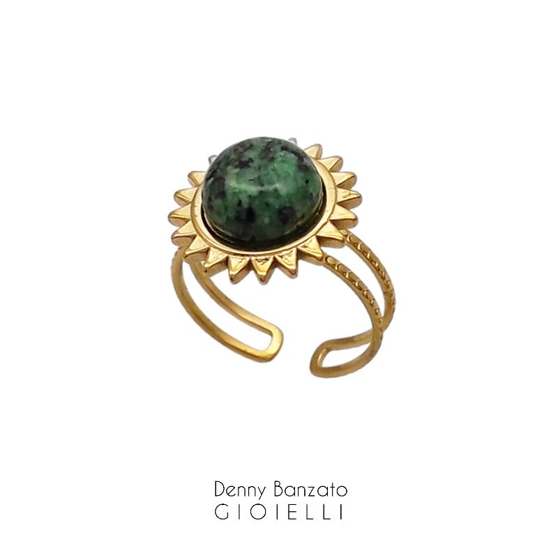 anello-regolabile-con-pietra-verde