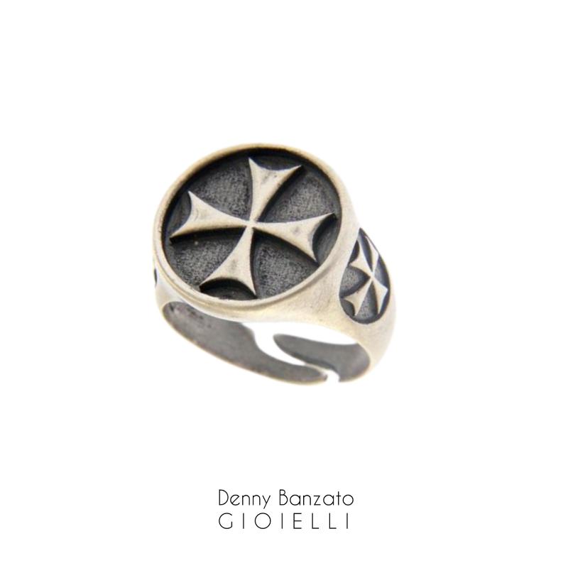 anello-uomo-crociato-in-argento925