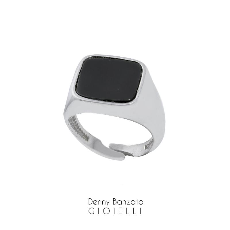 anello-uomo-quadrato-in-argento925-con-pietra-nera